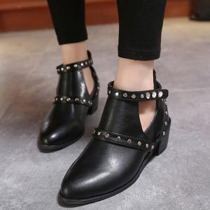 Pointed Toe Studded Strap Snap Closure Ankle Boots - BLACK 40