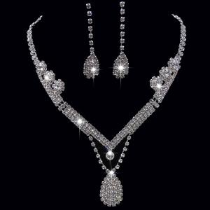 Rhinestoned Teardrop Shape Jewelry Set