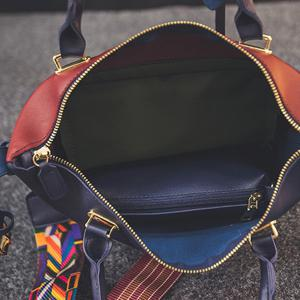 Colored Strap Lock PU Leather Handbag - BLUE/RED