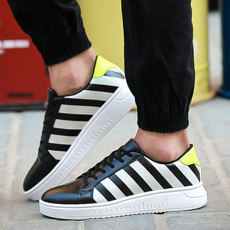 Latest PU Leather Striped Tie Up Casual Shoes