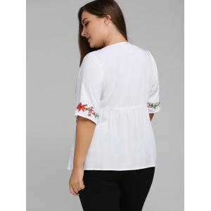Plus Size 1/2 Sleeve V Neck Embroidered T-Shirt -
