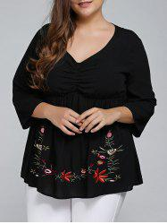Plus Size 3/4 Sleeve V Neck Embroidered T-Shirt