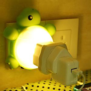 Creative Multifunctional USB Socket Turtle Night Light