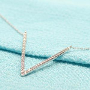 Alloy V Shaped Pendant Necklace -