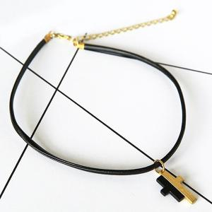 Faux Leather Splicing Cross Choker Necklace -