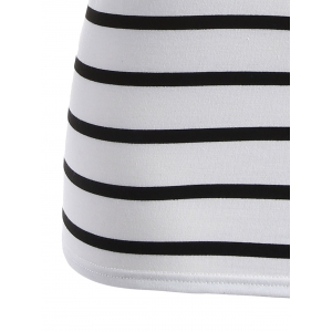 Plus Size Graphic Striped T-Shirt - WHITE 5XL