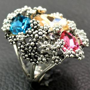 Europe Zirconia Faux Crystal Floral Ring - SILVER 18