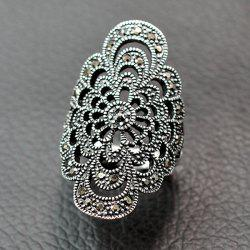 Retro Hollow Out Rhinestone Floral Ring - SILVER