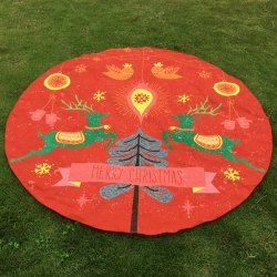 Two Christmas Reindeers Print Round Beach Throw