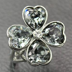 Rhinestone Clover Heart Shaped Ring - Silver - 17