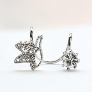 ONE PIECE Rhinestone Ear Cuff