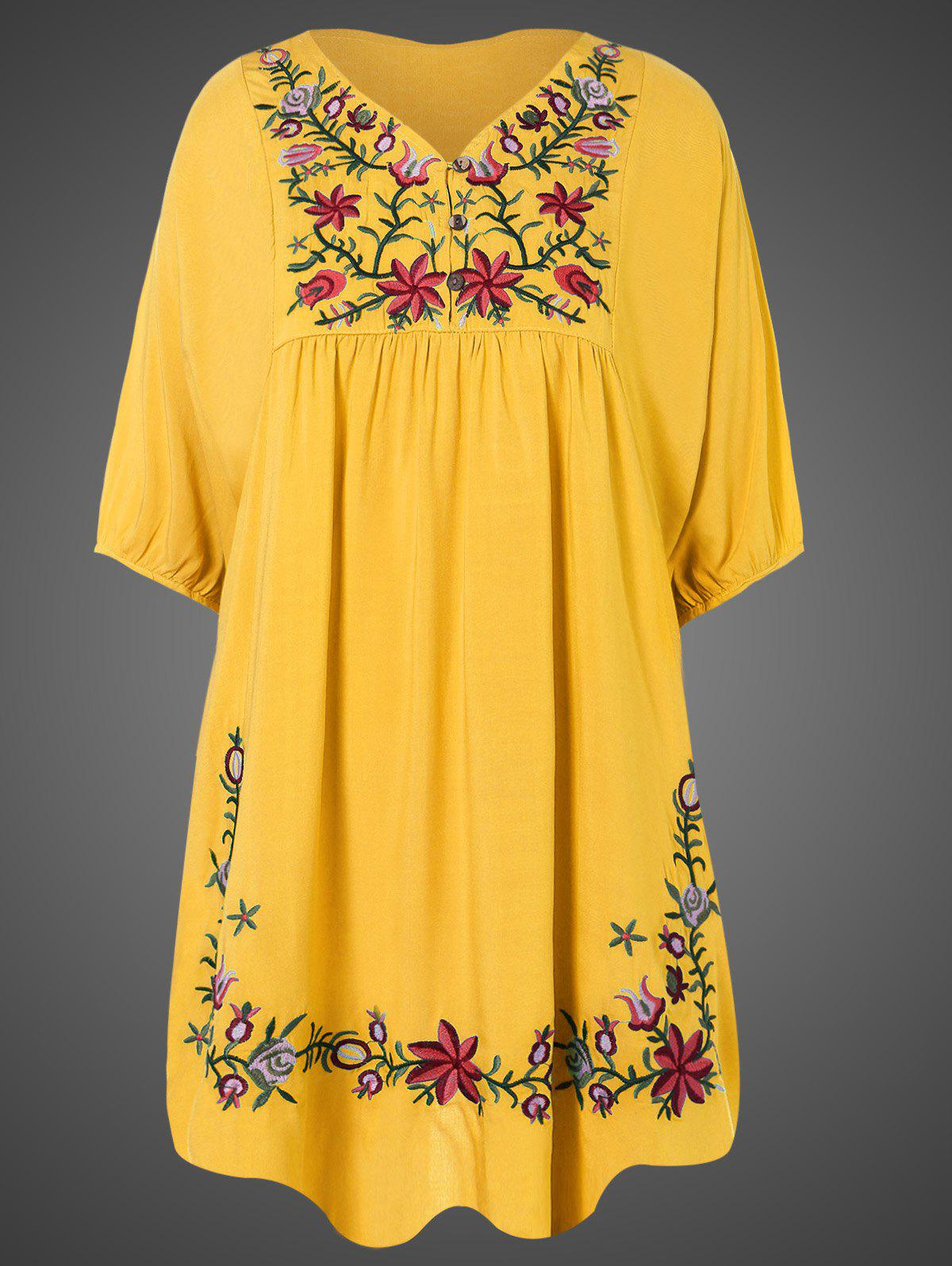 Robe tunique grande taille style casual avec broderies et manches courtes