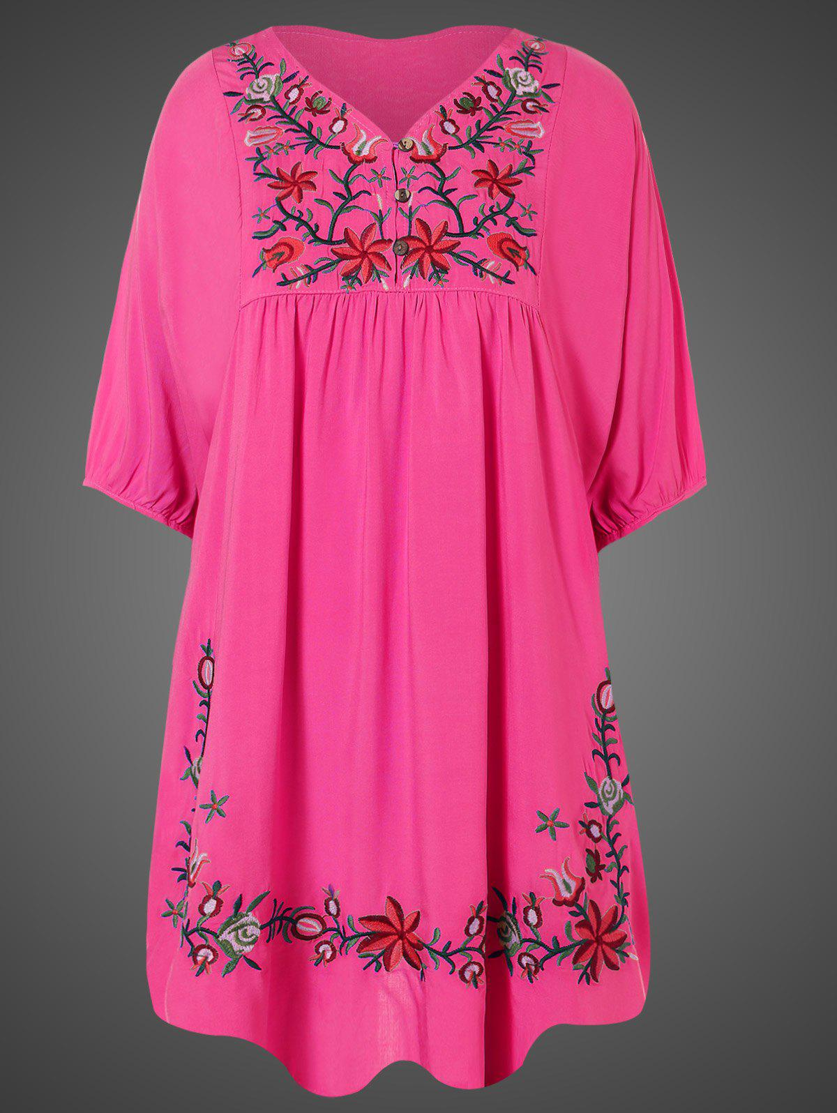 Chic Plus Size Embroidered Casual Tunic Dress With Short Sleeves