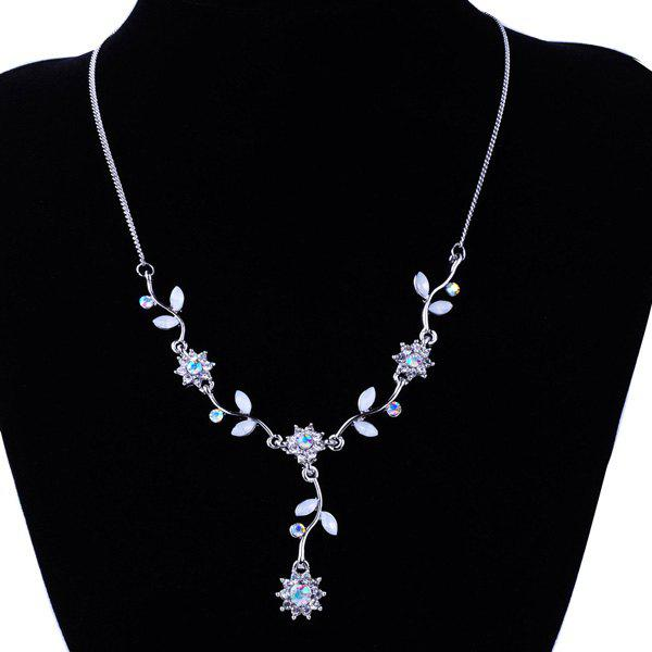 Floral Leaf Rhinestone Pendant NecklaceJEWELRY<br><br>Color: SILVER; Item Type: Pendant Necklace; Gender: For Women; Necklace Type: Link Chain; Material: Rhinestone; Metal Type: Alloy; Style: Trendy; Shape/Pattern: Floral; Weight: 0.020kg; Package Contents: 1 x Necklace;