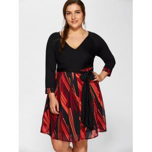 Plunging Neck Printed Plus Size Dress - BLACK 6XL