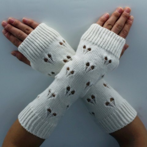 Hot Hollow Out Heart Knitted Arm Warmers WHITE