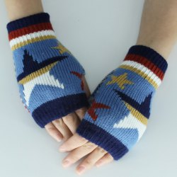 Star Knitted Fingerless Gloves