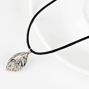 PU Leather Rope Rhinestone Leaf Necklace