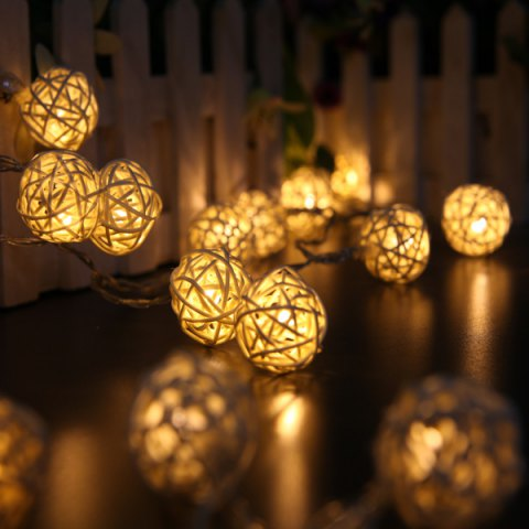 Outfit Holiday Christmas Wedding Decoration Solar Energy Cotton Balls String LED Lights