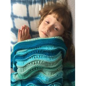 Knitted Open Work Color Splicing Mermaid Blanket and Throws For Kid -