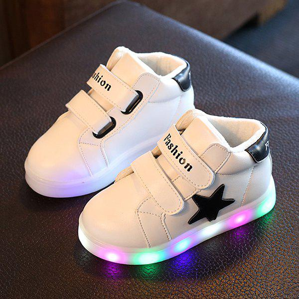 Outfit Luminous Star Sneakers