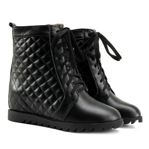 Quilted Argyle Pattern Tie Up Ankle Boots