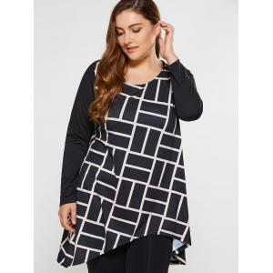 Plus Size Geometric Print Asymmetrical Tee - WHITE AND BLACK 5XL