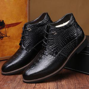Casual Embossed Lace Up Boots - BLACK 44