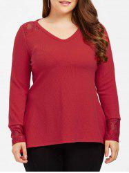 Plus Size Lace Trim Side Slit T-Shirt -