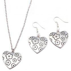 Engraved Flower Heart Necklace and Earrings - SILVER