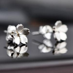 Mini Flower Shape Stud Earrings - SILVER