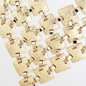 Tiered Frosted Square Metallic Necklace -