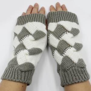 Color Block Crochet Knit Checked Triangle Fingerless Gloves -