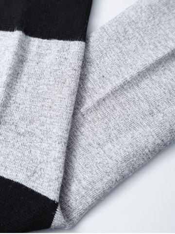 Discount Pair of Letter Graphic Contrast Socks - BLACK  Mobile