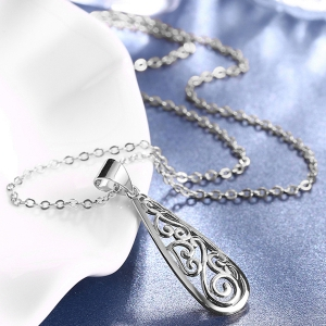 Teardrop Cirrus Pendant Necklace - SILVER
