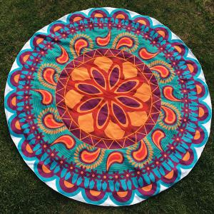 Round Beach Throw with Ethnic Paisley Flower Printed