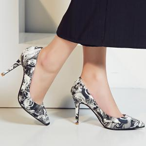 Rose Printed Faux Leather Pumps - WHITE/BLACK 39