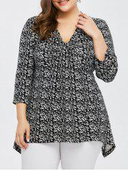 Plus Size Tiny Floral Asymmetrical T-Shirt
