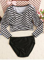 Stripe Long Sleeves Two Piece Swimwear - WHITE AND BLACK
