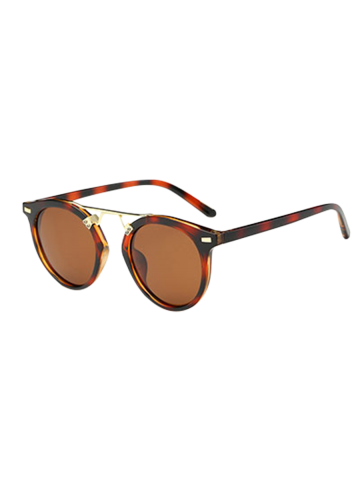 Chic Vintage Dam Nose Bridge Hawksbill Oval Sunglasses
