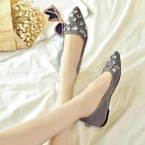 Rhinestones Suede Flat Shoes - GRAY 37