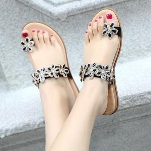 Toe Ring Flat Heel Slippers -