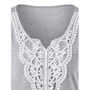 Plus Size Crochet Applique T-Shirt - LIGHT GREY XL