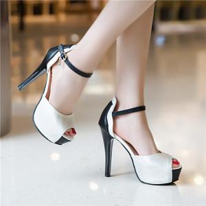 Platform Peep Toe Sandals - White - 37