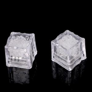Creative LED Light Up Flashing Ice Cube - GREEN
