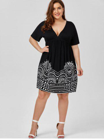 Outfit Low Cut Empire Waist Plus Size A Line Dress - 5XL WHITE AND BLACK Mobile