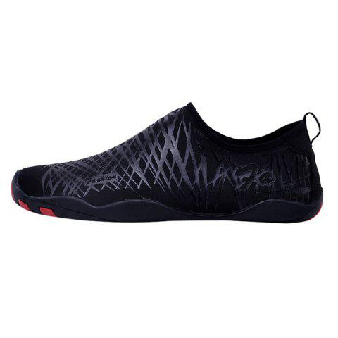 Latest Outdoor Striped Breathable Skin Shoes - 43 BLACK Mobile
