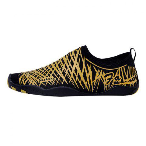 Latest Outdoor Striped Breathable Skin Shoes - 39 GOLDEN Mobile