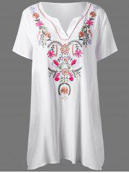 Plus Size Split-Neck Floral Embroidery Dress
