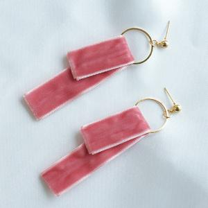 Circle Velvet Earrings - PINK